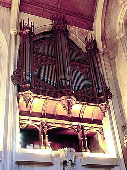 Vowles organ of Mansfield College